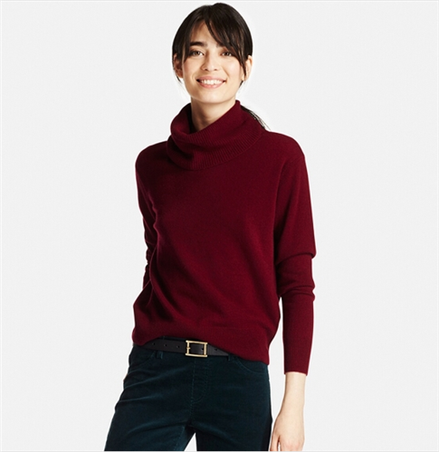 Uniqlo Cashmere Turtle Neck Sweater